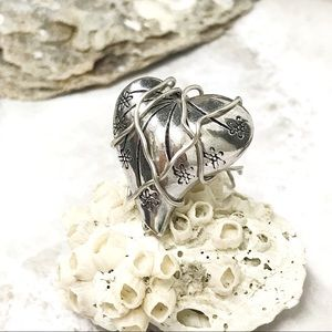 $5 add-on💫Silver Plated Wrapped Heart Ring